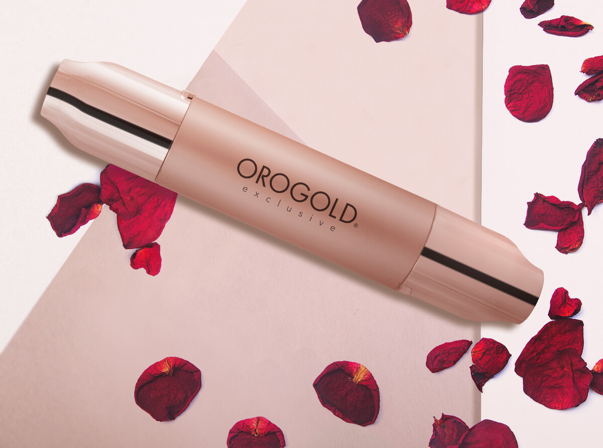 OROGOLD Rose Gold Syringe with rose petals
