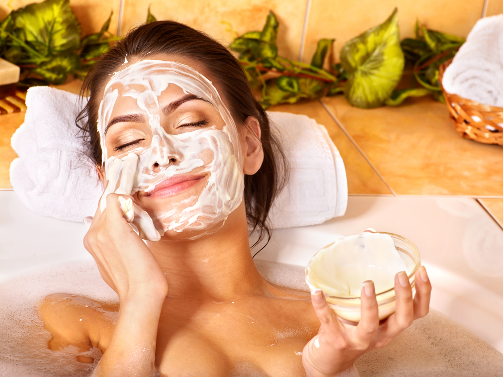orogold-restore-your-glorious-glow-facial