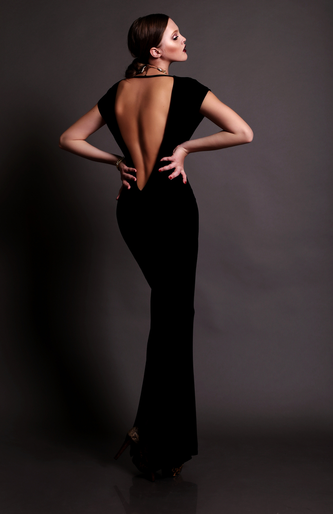 Woman wearing a backless gown